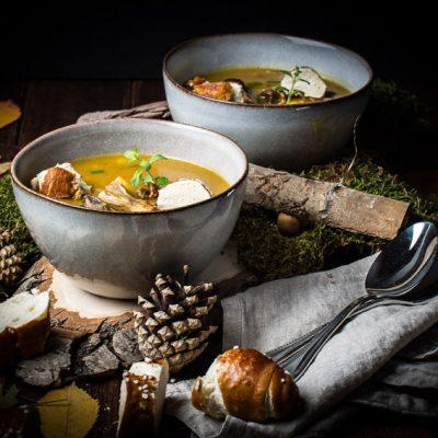 Bramboračka – Prager Kartoffelsuppe mit Laugen-Croûtons