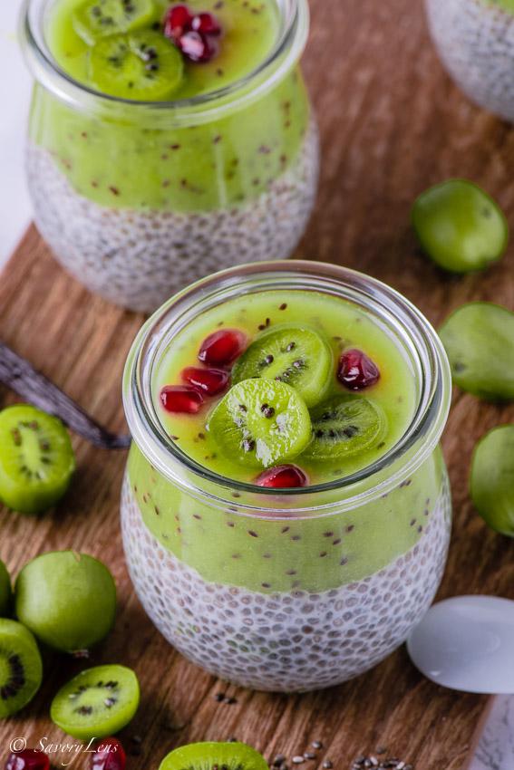 Chia-Pudding mit Kiwibeeren