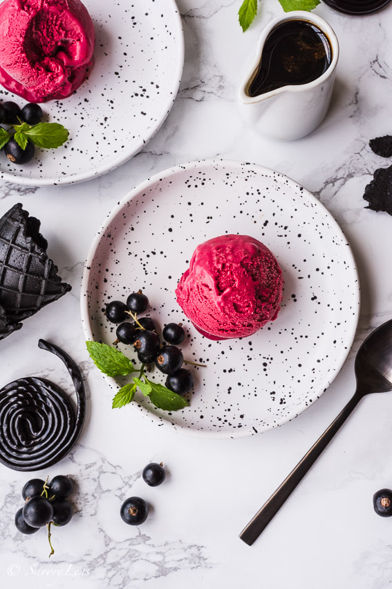 Blackcurrant Licorice Icecream