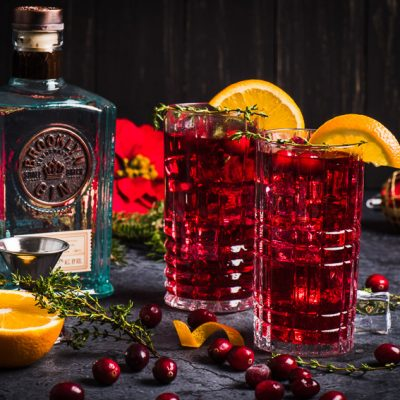 Santa's Delight – Cranberry-Gin Cocktail