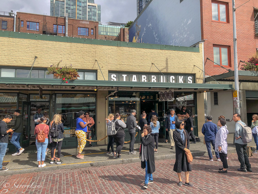 Starbucks Pike Place Market in Seattle
