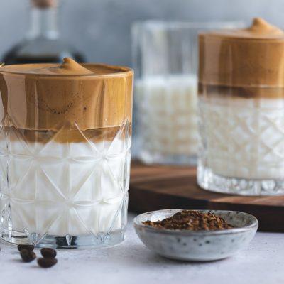 Dalgona Coffee mit selbstgemachtem Kaffeelikör