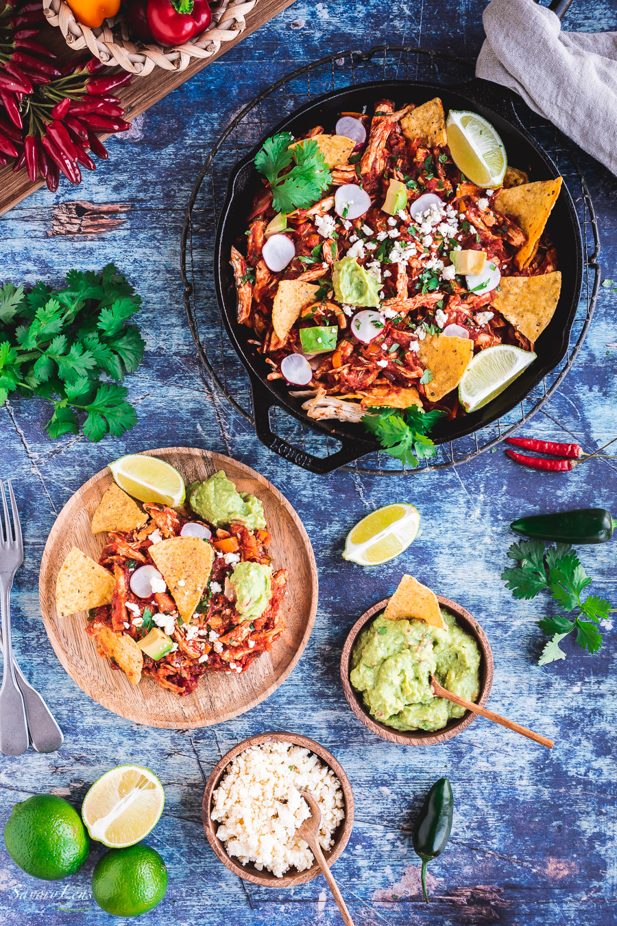 Chilaquiles Rojos mit Hühnchen