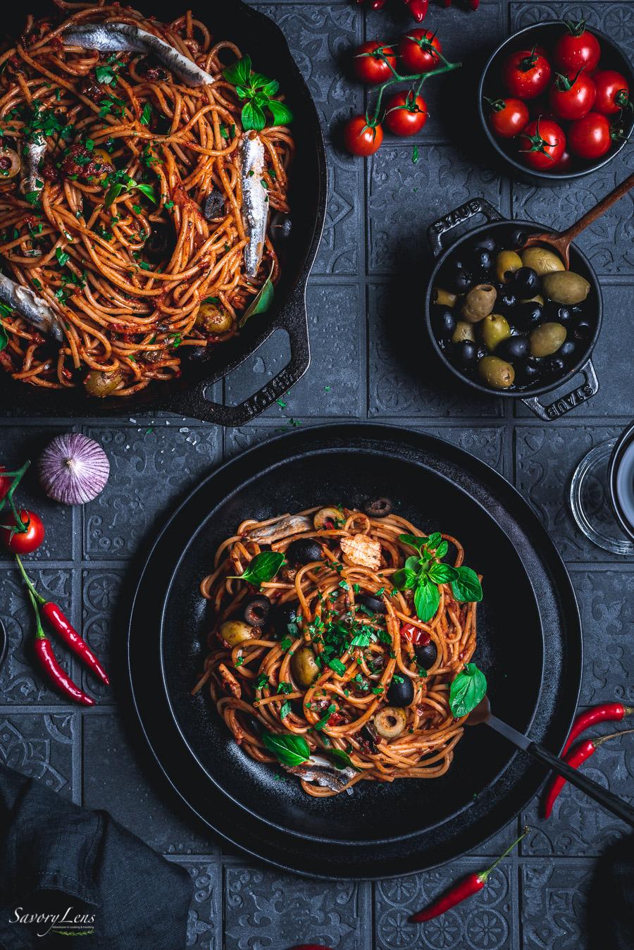 Spaghetti alla puttanesca mit Boquerones