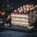Haselnuss-Dacquoise mit Lebkuchen-Ganache